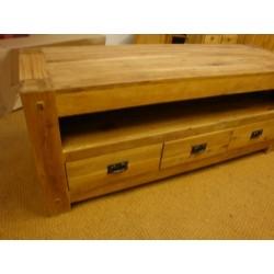Meubles Patines et Objets, savoie Bassens 73, meuble TV  bois chêne détail 3 tiroirs